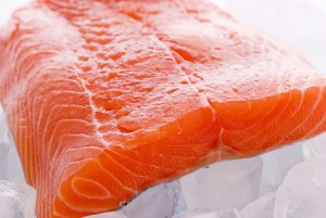 14854salmon_on_ice